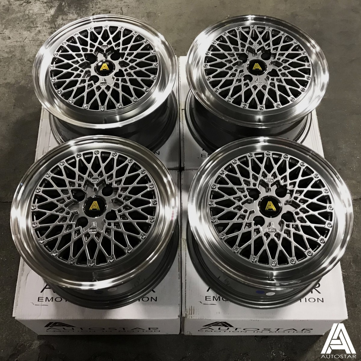 AutoStar Minus 15x7.5 4x100 ET25 Polished with Gunmetal Centre - Set of 4